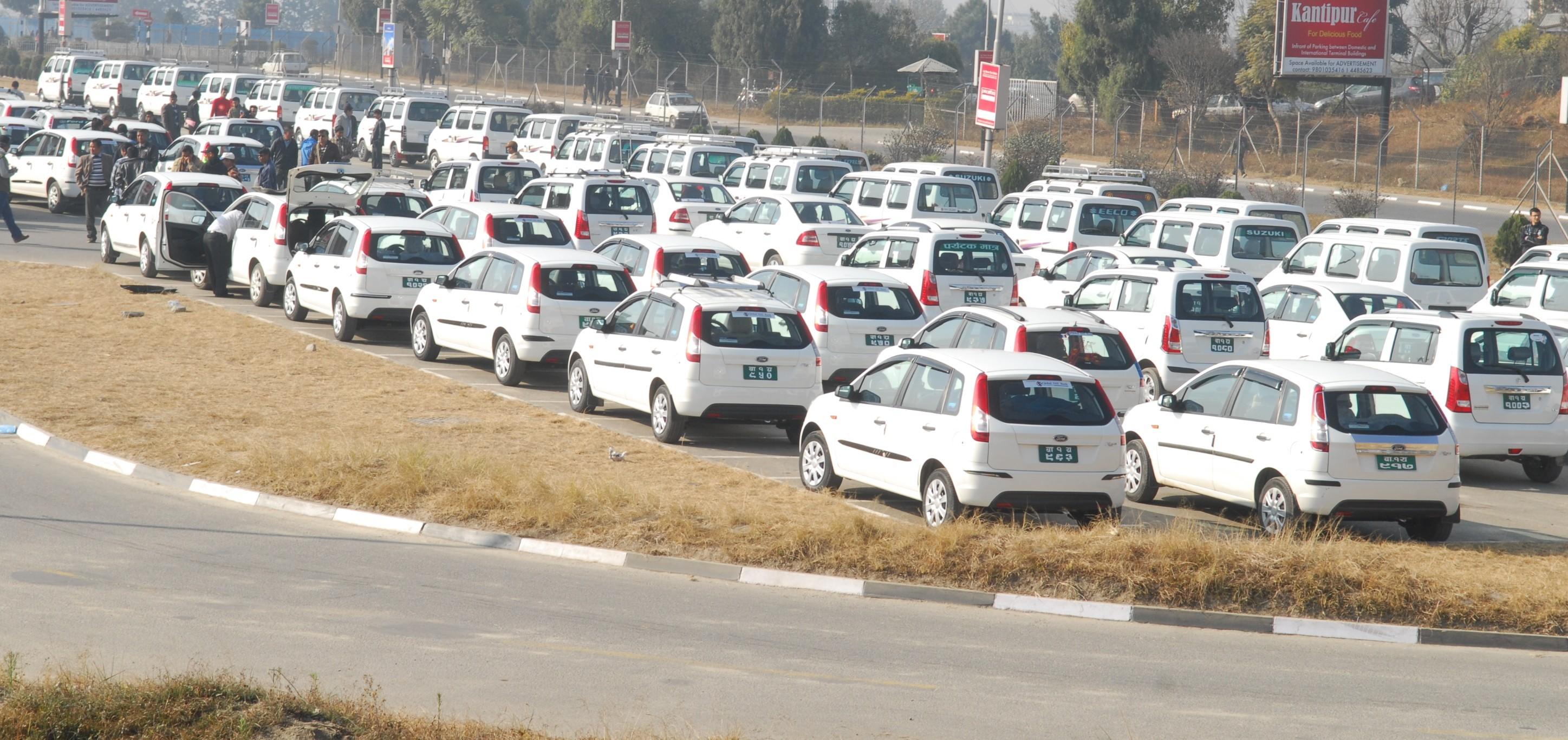 नयाँ ट्याक्सी दर्ता खोल्ने तयारी गर्दै सरकार