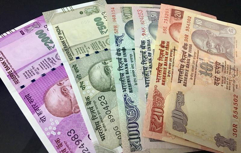 आखिर नेपालले किन प्रतिबन्ध लगायो भारतीय नोट ?