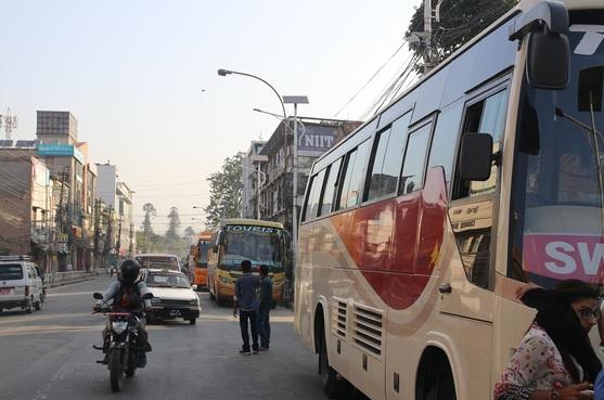 सार्वजनिक सवारी साधन सञ्चालन गर्न दिने सरकारको निर्णय