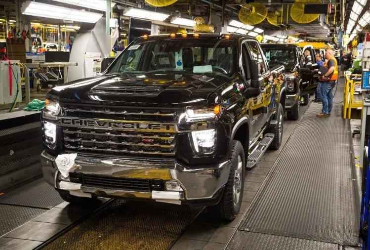कोरोनाको त्रास: अमेरिकाको सबैभन्दा ठूलो कार कम्पनीले आशिंक रुपमा बन्द गर्याे उत्पादन