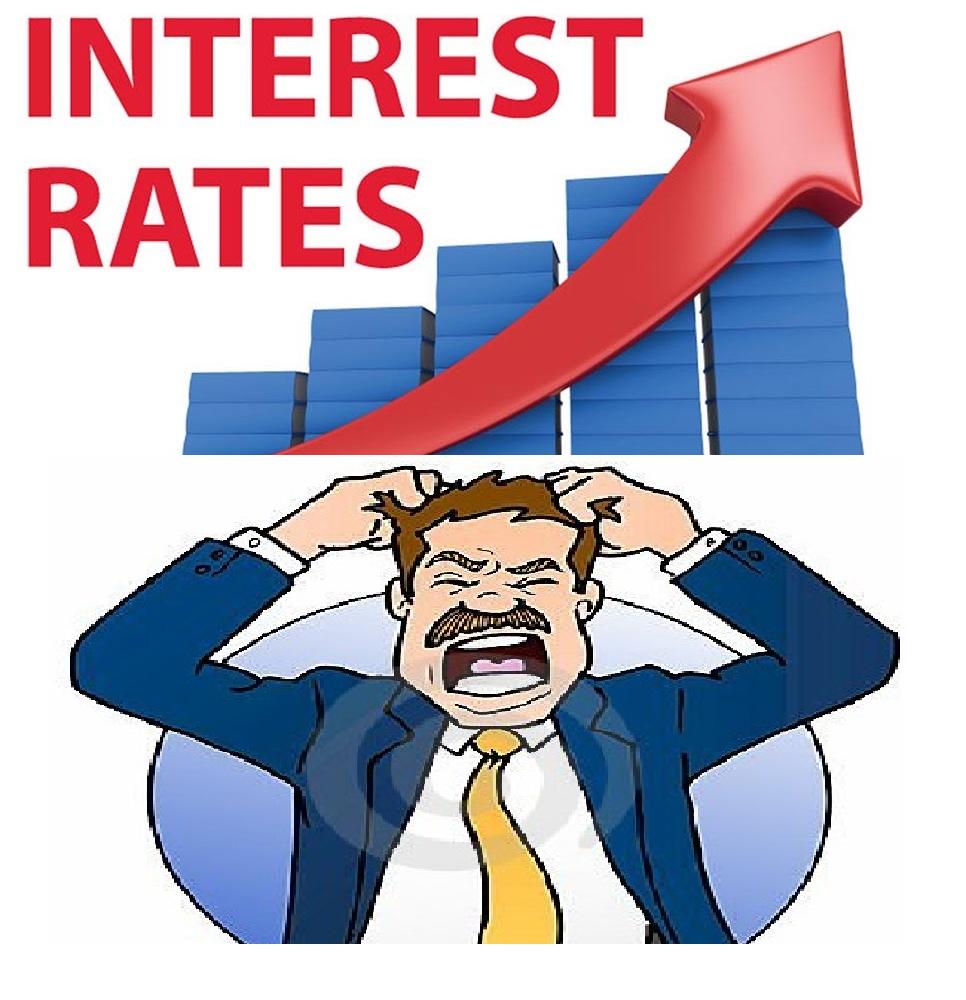 आधार दर र प्रिमियम दुबै बढ्दा दोहोरो मारमा ऋणी, तरलता कम हुने वित्तिकै बैंकहरुले बढाउन थाले प्रिमियम दर